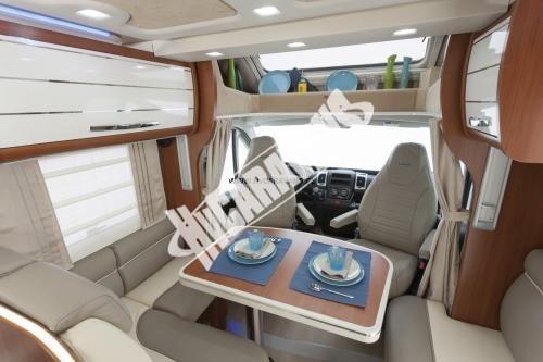 Polointegrovaný obytný vůz Mobilvetta P 62 s garáží 150 PS  Klimatizace  Safety Pack č.3