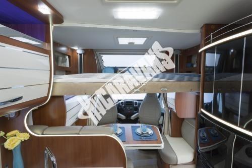 Polointegrovaný obytný vůz Mobilvetta P 62 s garáží 150 PS  Klimatizace  Safety Pack č.8