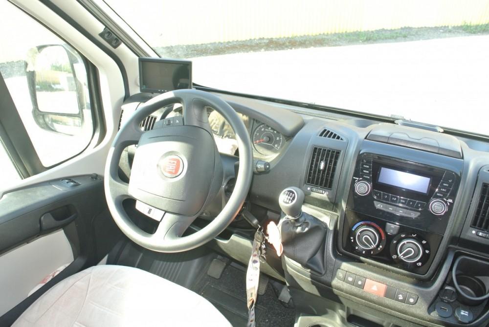 Prodej firemního vozu,polointegrovaný obytný vůz T-LOFT 529 model 2018 limitovaná edice,registrovaný vůz 12/2017 stav km 8200,odpočet DPH,top výbava č.9