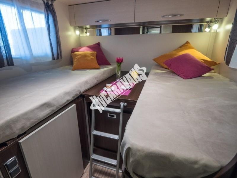 Interiér obytného karavanu Benimar Tessoro T463