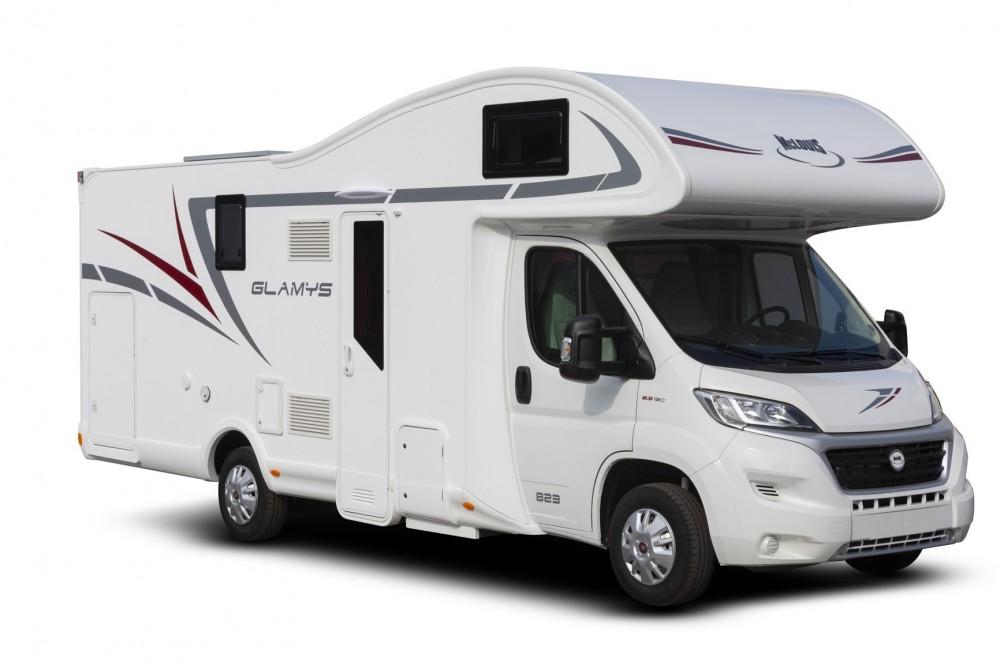 Obytný vůz GLAMYS 822 s alkovnou garáží model 2019