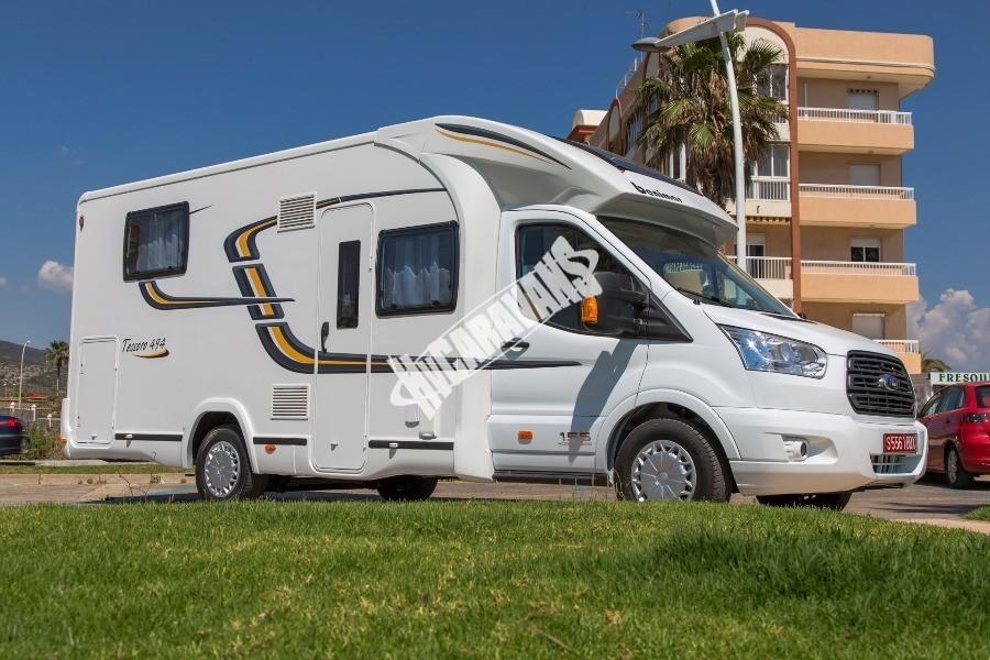 Exteriér obytného karavanu Benimar Tessoro T494