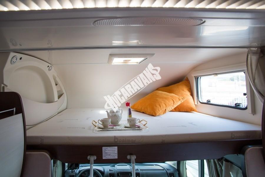 Interiér obytného vozu Benimar Sport S313