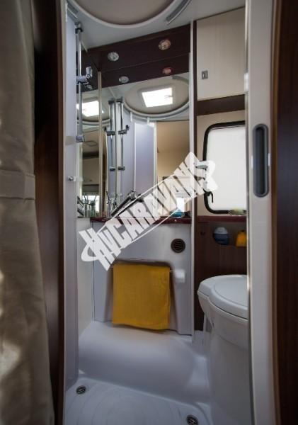 Toaleta obytného vozu Benimar Sport S313