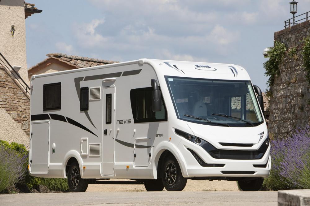 Celointegrovaný obytný vůz NEVIS 373G model 2019