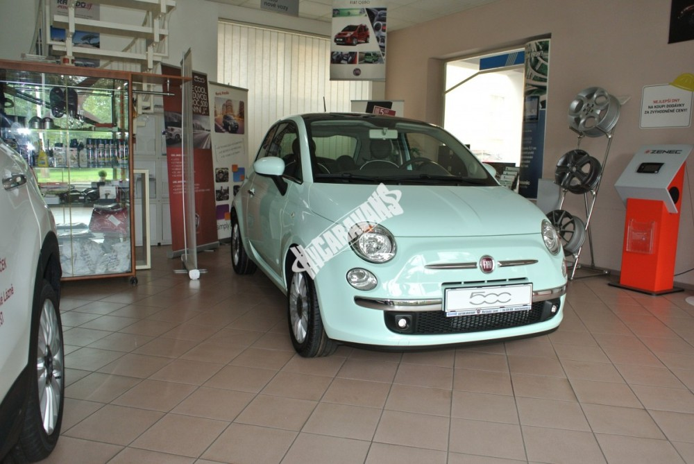 Fiat 500 1.2 PLUS Barva světle zelená TOP výbava + cena  0 KM  nový vůz č.4