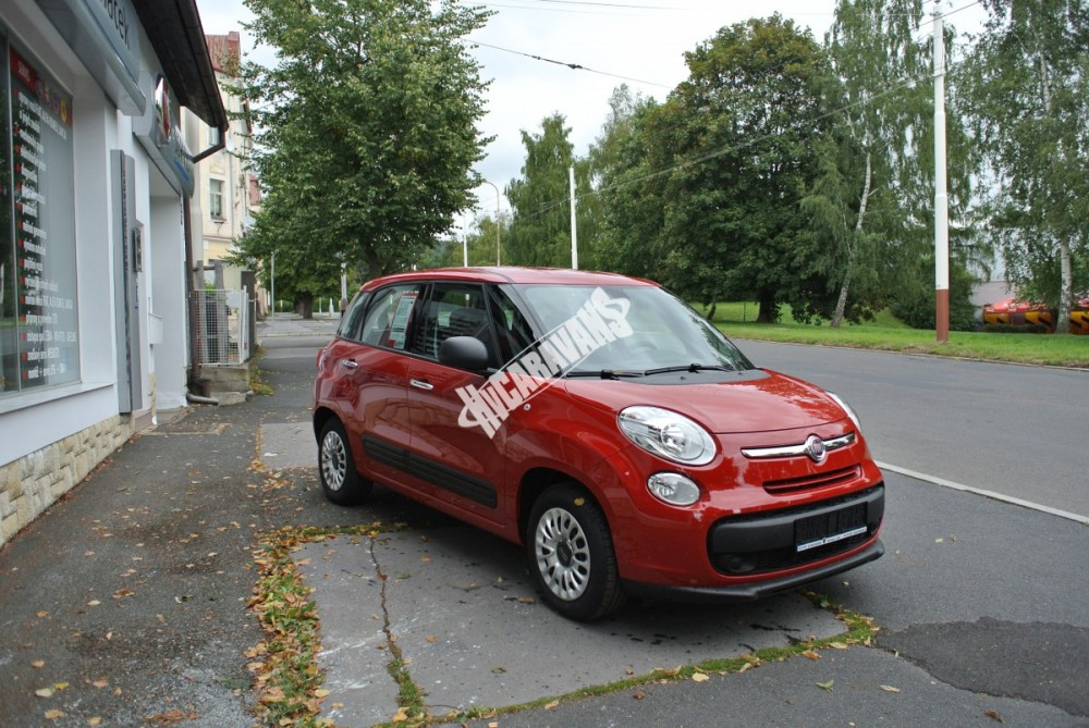 Fiat 500 L 1.4. 95 PS AIR   POP  TOP cena+výbava  0 Km č.6