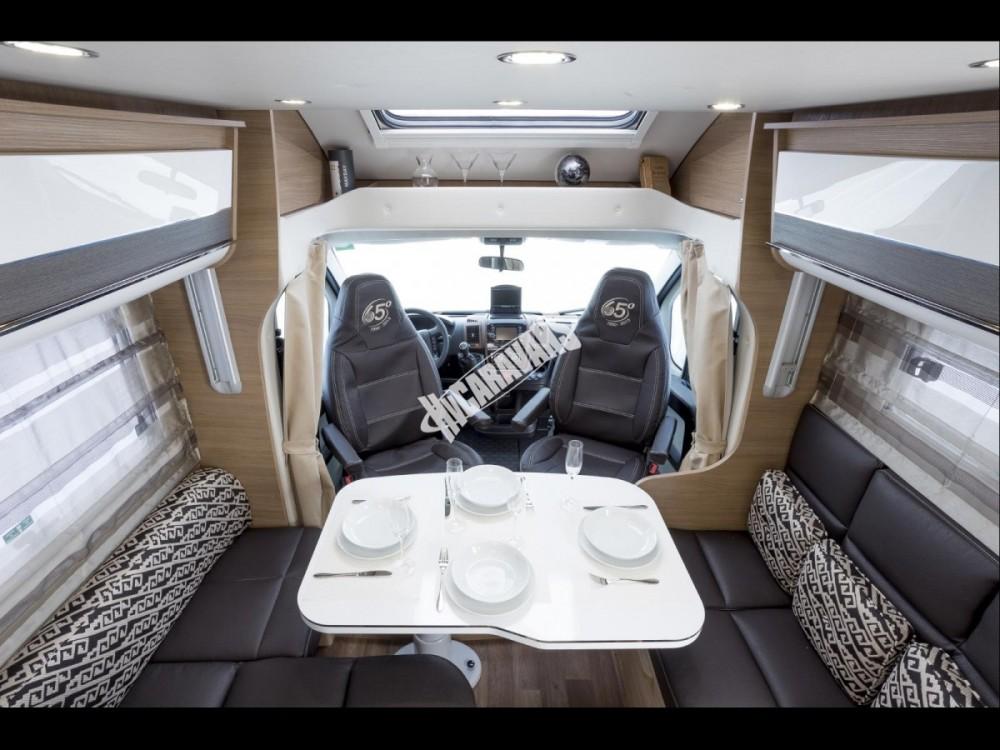 Polointegrovaný obytný vůz T-LOFT 450G Limitovaná serie 65 150 PS klimatizace Safety Pack  Alu kola  Prodáno,nové vozy T-450 skladem 1/2016 č.4