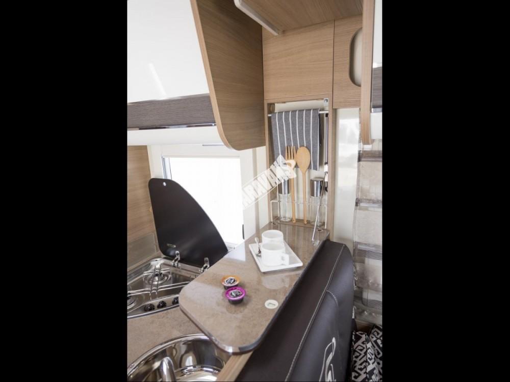 Polointegrovaný obytný vůz T-LOFT 450G Limitovaná serie 65 150 PS klimatizace Safety Pack  Alu kola  Prodáno,nové vozy T-450 skladem 1/2016 č.18