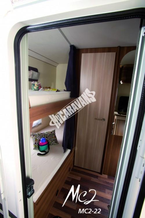 Obytný vůz GLAMYS 22. 7osob jízda/spani s alkovnou garáží 130 PS Klimatizace Safety Pack Alu kola č.6