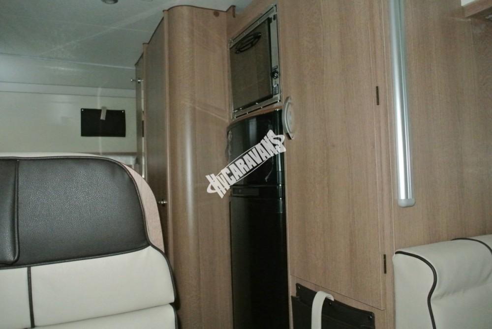 Obytný vůz GLAMYS 22. 7osob jízda/spani s alkovnou garáží 130 PS Klimatizace Safety Pack Alu kola č.13