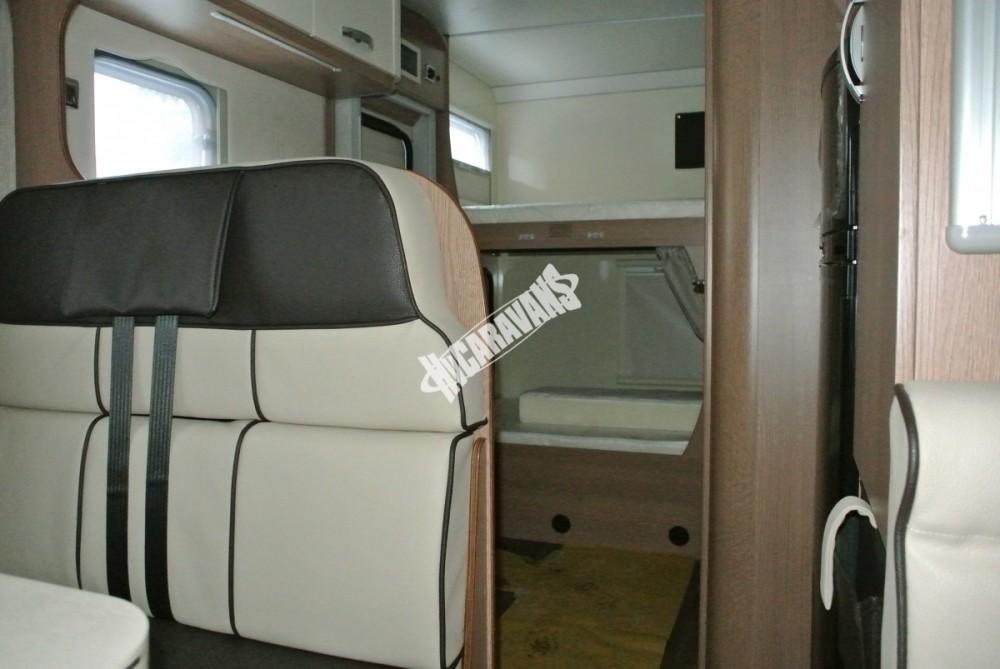 Obytný vůz GLAMYS 22. 7osob jízda/spani s alkovnou garáží 130 PS Klimatizace Safety Pack Alu kola č.14