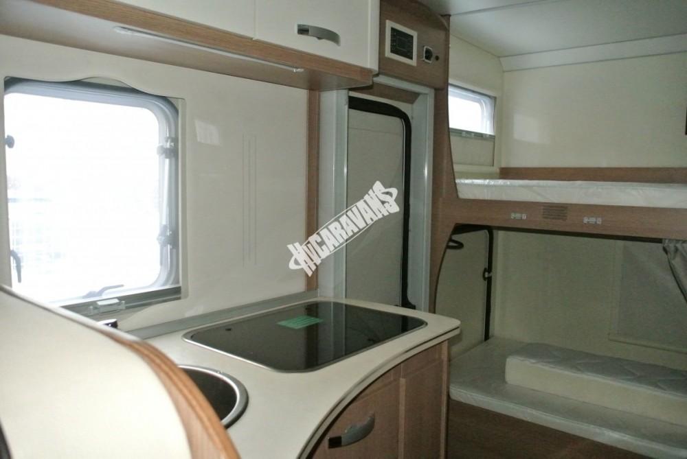 Obytný vůz GLAMYS 22. 7osob jízda/spani s alkovnou garáží 130 PS Klimatizace Safety Pack Alu kola č.15