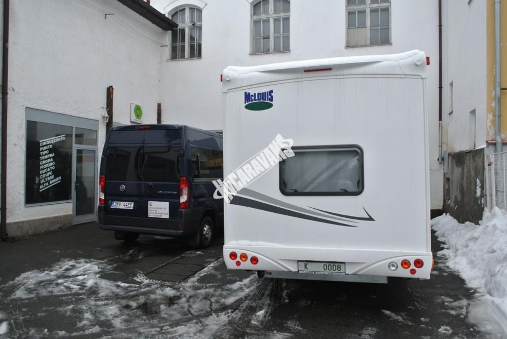 Obytný vůz GLAMYS 22. 7osob jízda/spani s alkovnou garáží 130 PS Klimatizace Safety Pack Alu kola č.23