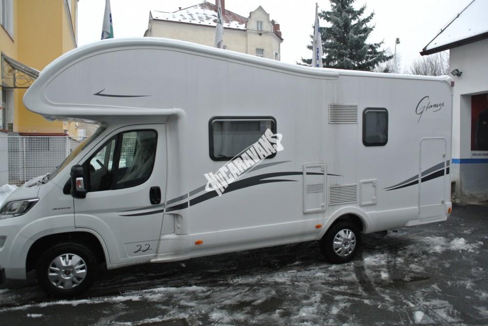 Obytný vůz GLAMYS 22. 7osob jízda/spani s alkovnou garáží 130 PS Klimatizace Safety Pack Alu kola č.26