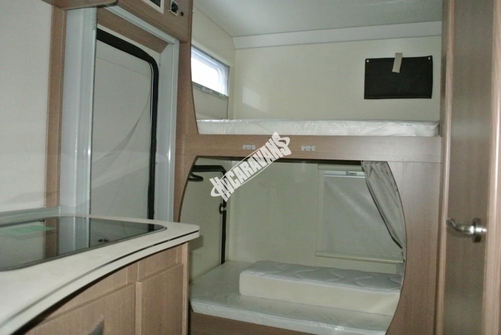 Obytný vůz GLAMYS 22. 7osob jízda/spani s alkovnou garáží 130 PS Klimatizace Safety Pack Alu kola č.31