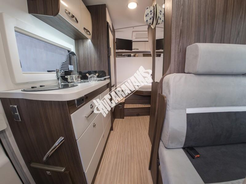 Obytný vůz Benimar Tessoro  UP 440 Limitovaná edice  2018 Top výbava, skladem Mar-Lázně,vůz na SPZ,registrovaný,odpočet DPH není možný,stav km 1020. č.48