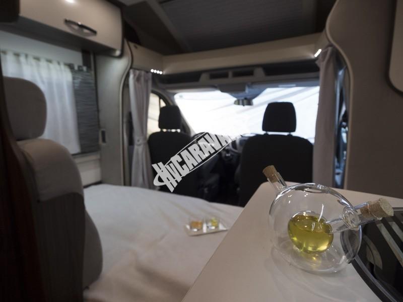 Obytný vůz Benimar Tessoro  UP 440 Limitovaná edice  2018 Top výbava, skladem Mar-Lázně,vůz na SPZ,registrovaný,odpočet DPH není možný,stav km 1020. č.60