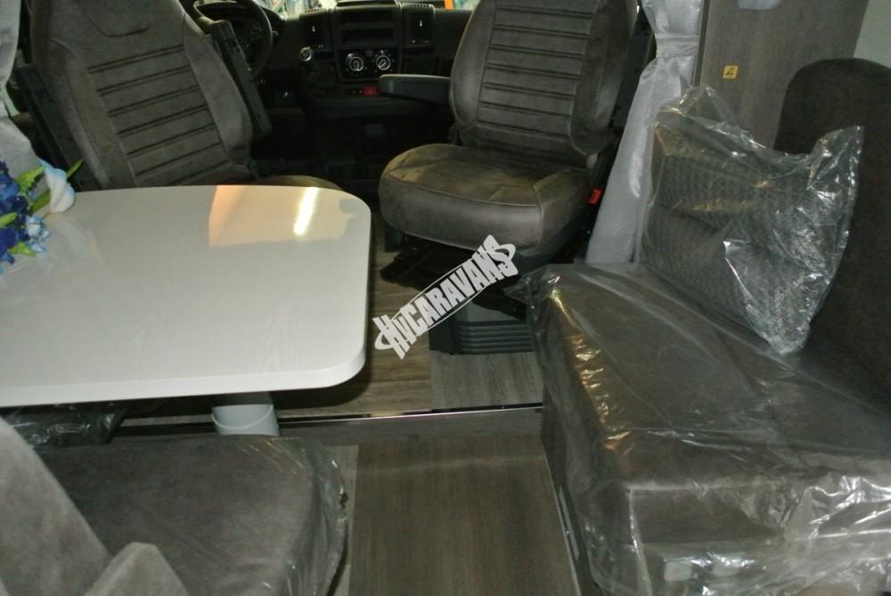 Polointegrovaný obytný vůz Mobilvetta K.Silver 56 model 2018 termín dodání skladem Mar Lázně Prodáno č.12