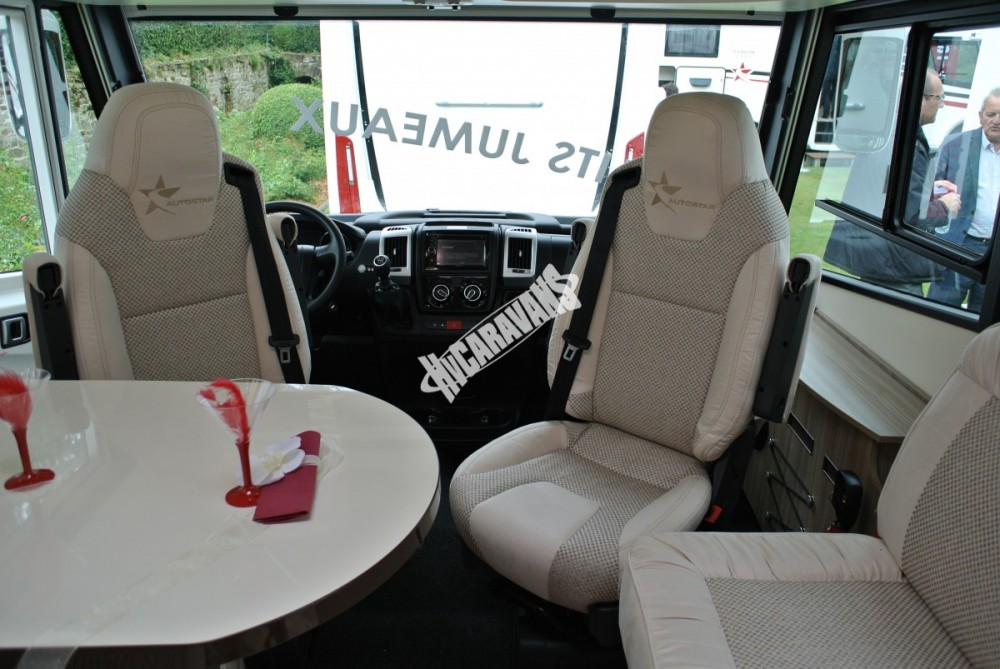 AUTOSTAR PRIVILEGIE I 690 L J, FIAT 150 PS celointegrovaný model 2018 skladem ML ihned k odběru č.21