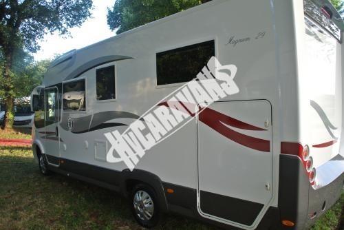 Celointegrovaný karavan Elnagh Magnum 29 s garáží 150 PS Prodáno !!! č.4