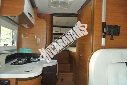 Celointegrovaný karavan Elnagh Magnum 29 s garáží 150 PS Prodáno !!! č.12