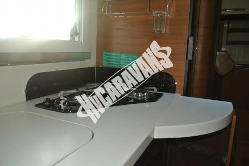 Celointegrovaný karavan Elnagh Magnum 29 s garáží 150 PS Prodáno !!! č.14