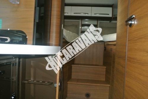 Celointegrovaný karavan Elnagh Magnum 29 s garáží 150 PS Prodáno !!! č.15