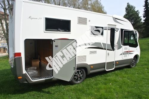 Celointegrovaný karavan Elnagh Magnum 29 s garáží 150 PS Prodáno !!! č.9