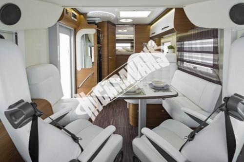 Celointegrovaný karavan Elnagh Magnum 55 s garáží  150 PS Klimatizace  Safety Pack č.13