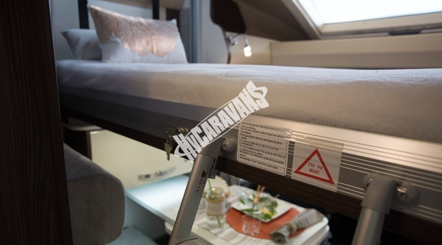 Obytný vůz Benimar Tessoro  UP 440 Limitovaná edice  2018 Top výbava, skladem Mar-Lázně,vůz na SPZ,registrovaný,odpočet DPH není možný,stav km 1020. č.83